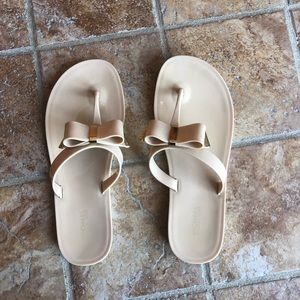 MICHAEL KORS beige & gold silicone sandals